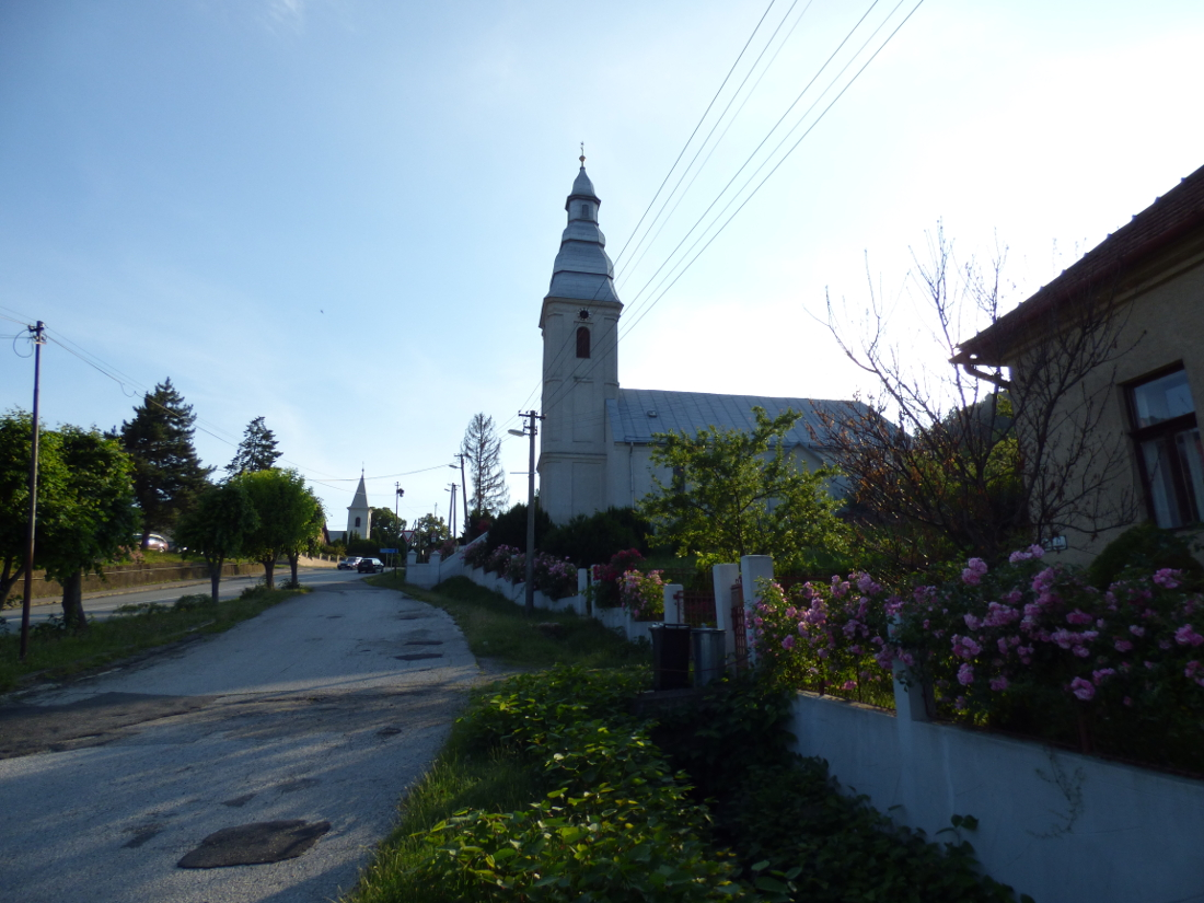 Nagyszalánc református temploma