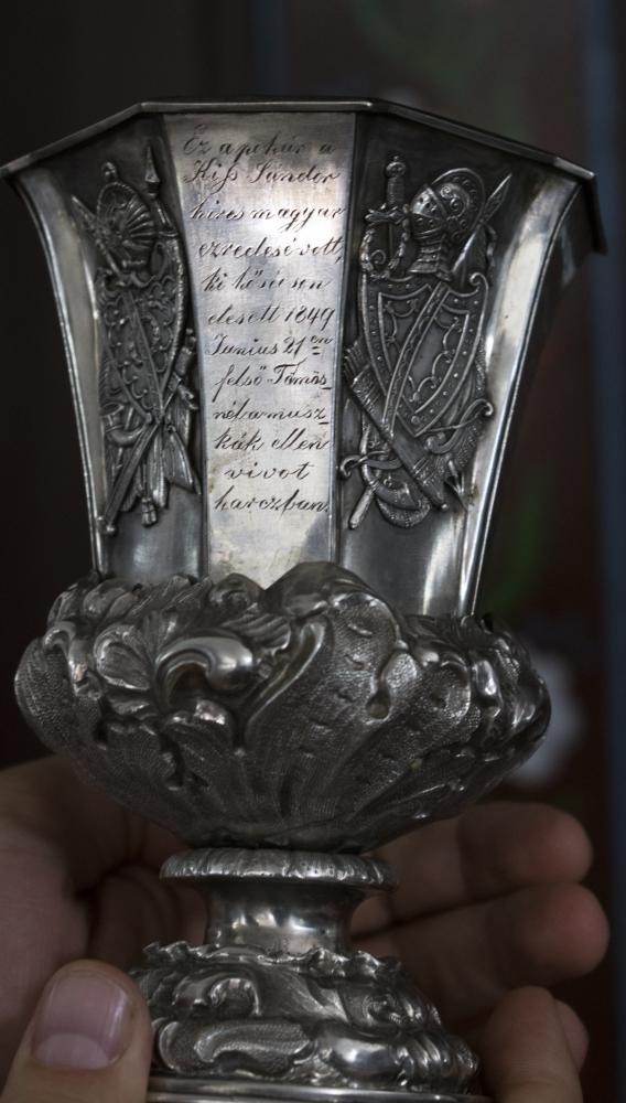 Kiss Sándor 1849-ben hősi halált halt ezredes pohara