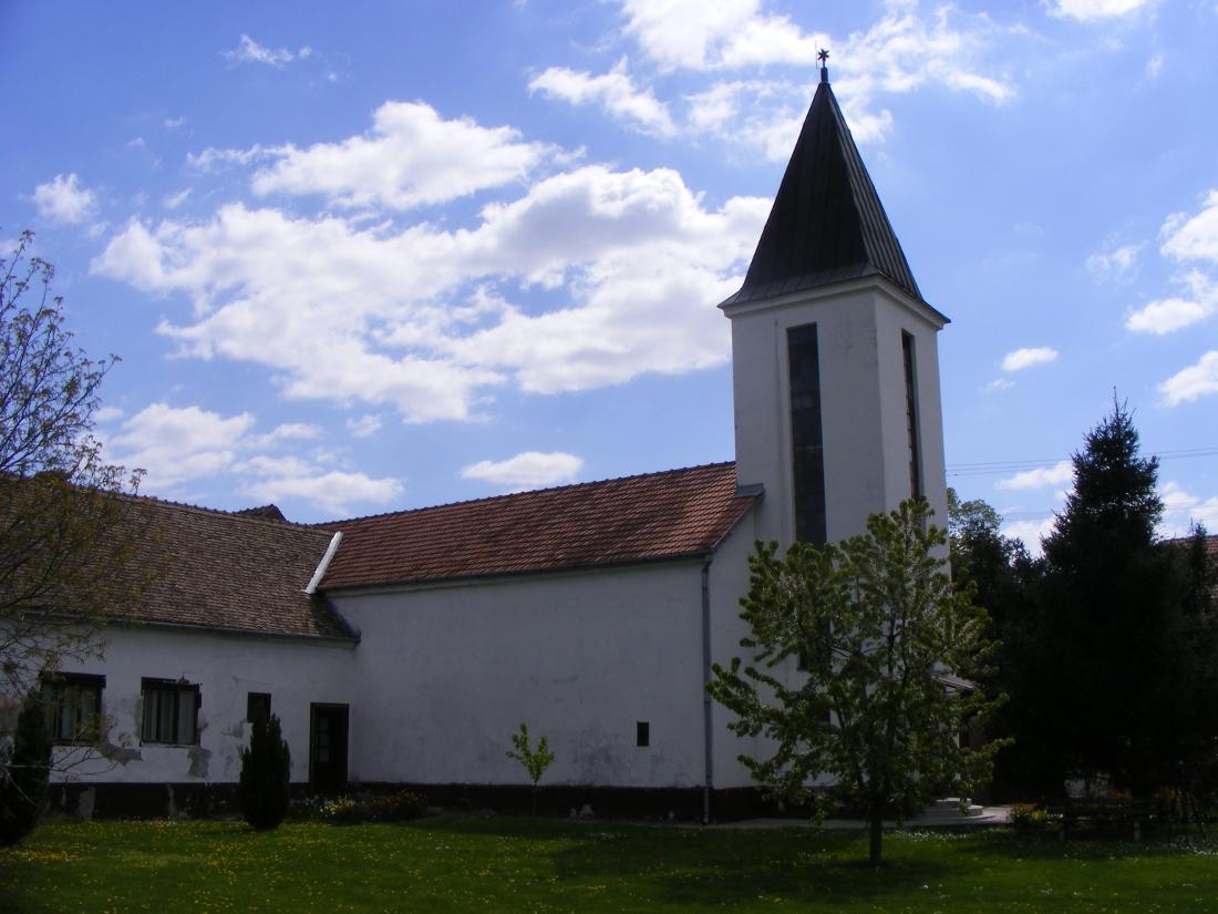A református udvar Maradékon
