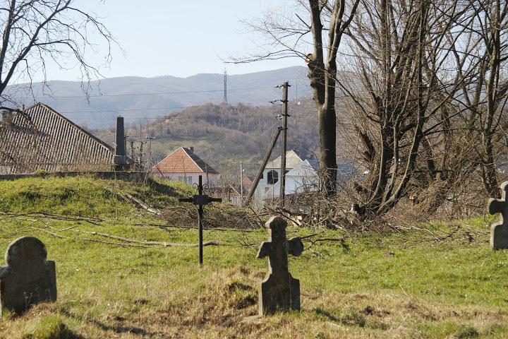 A dolhai református templom hűlt helye