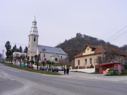 Nagyszalánc – református templom, vár, református parókia