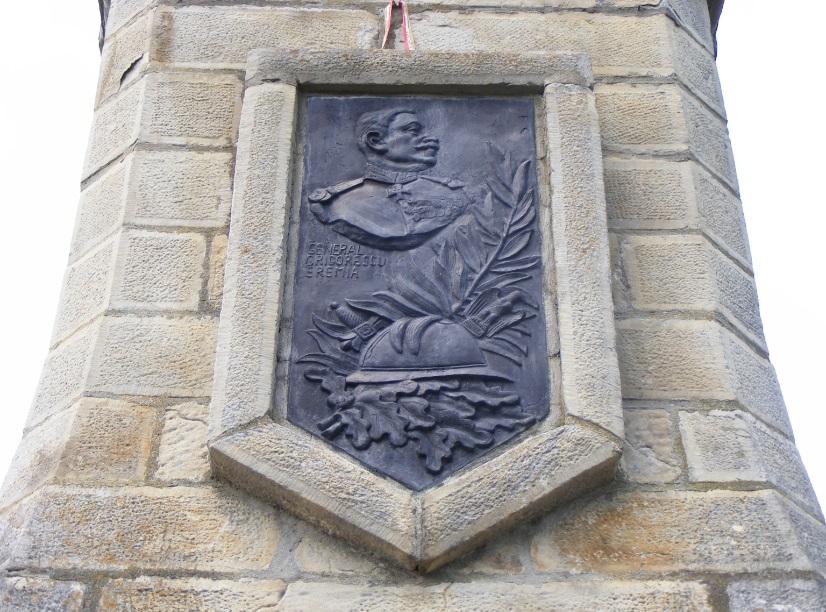 Etikátlan dolgok: Grigorescu tábornok bronzportréja